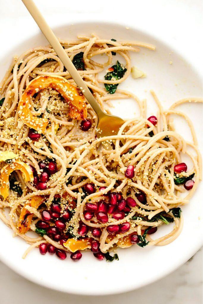 spaghetti with pomegranate and squash