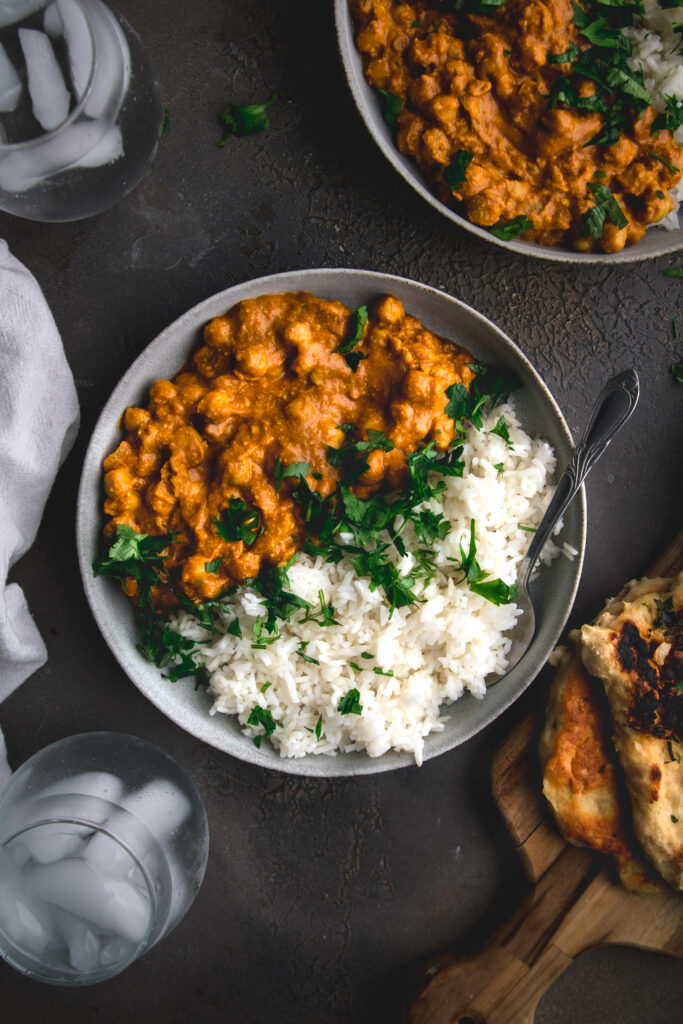 bowl of butter chickpeas