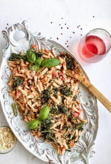 pink sauce cream pasta with rose wine